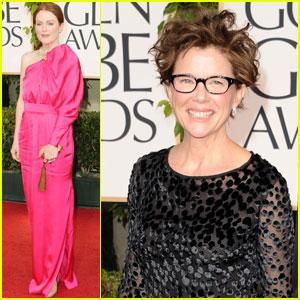 Julianne Moore & Annette Bening - Golden Globes 2011 Red Carpet