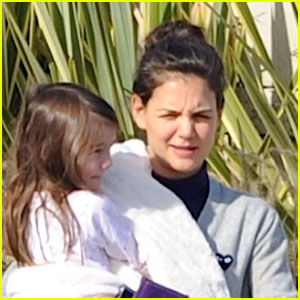 Katie Holmes: Back in L.A. with Suri