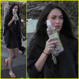 Megan Fox: Water Bottle Window Shopper