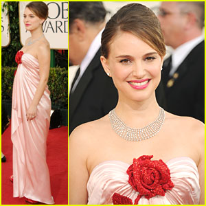 Natalie Portman - Golden Globes 2011 Red Carpet