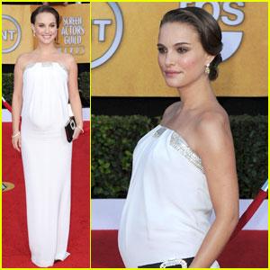 Natalie Portman - SAG Awards 2011 Red Carpet