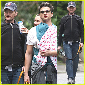Neil Patrick Harris &#038; David Burtka Take The Twins for a Spin