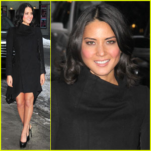 Olivia Munn: Leggy For Letterman