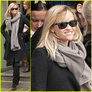 Reese Witherspoon: Shopping for a Wedding Dress?