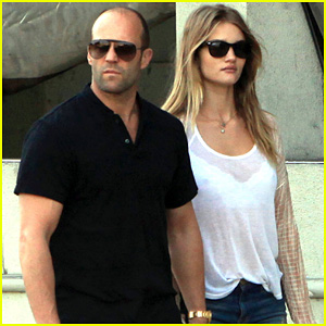 Rosie Huntington-Whiteley & Jason Statham: Kitchen Lovers!