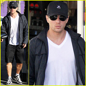 Ryan Phillippe: Fueling Up!