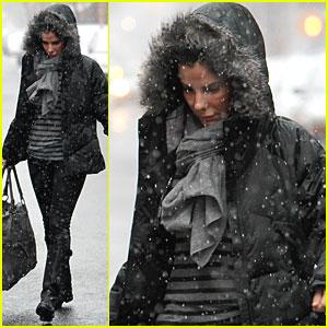 Sandra Bullock: Snowy Morning in NYC!