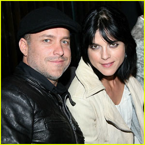 Selma Blair: Pregnant with Baby #1!