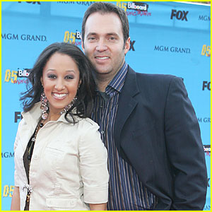 Tamera Mowry: Engaged to Adam Housley!