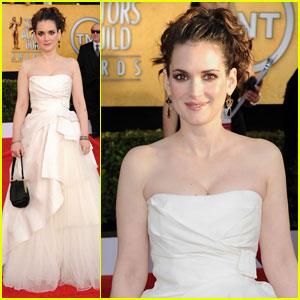 Winona Ryder - SAG Awards 2011 Red Carpet