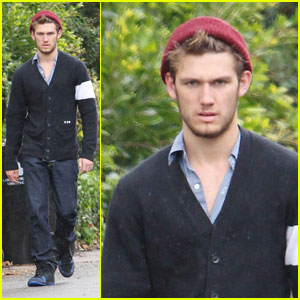 Alex Pettyfer: Morning After House Fire