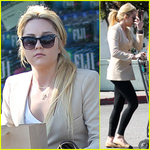 Amanda Bynes: Bristol Farms Grocery Shopping!