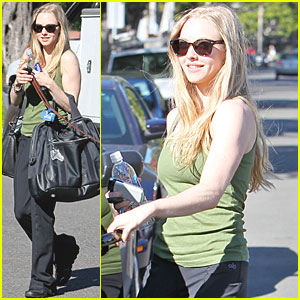 Amanda Seyfried: Personal Trainer Time!