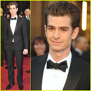 Andrew Garfield - Oscars 2011 Red Carpet