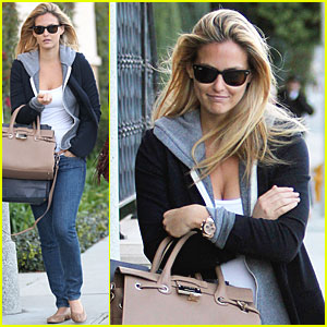 Bar Refaeli: Nordstrom Trip with a Friend