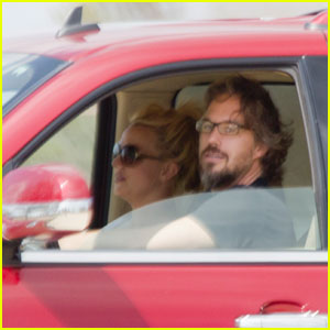 Britney Spears & Jason Trawick: Saturday Sonic Run
