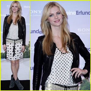 Brooklyn Decker: 'Just Go With It' Berlin Promo Tour!