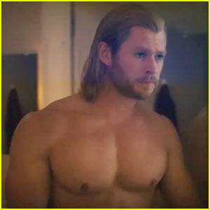 Chris Hemsworth: Shirtless Thor!
