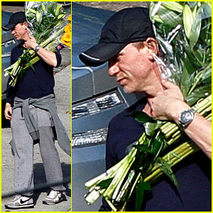 Daniel Craig: Flower Power!