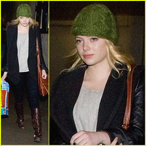 Emma Stone Goes With A Green Hat
