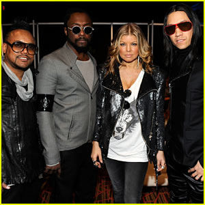 Fergie: Super Bowl Press Conference with the Black Eyed Peas!