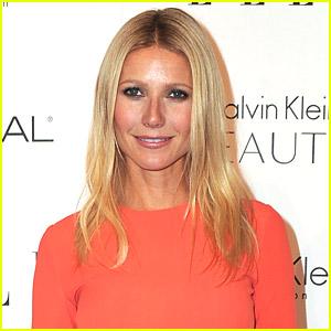 Gwyneth Paltrow Sings 'Landslide' On Glee
