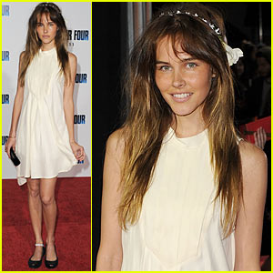 Isabel Lucas: I Am Headband Cute