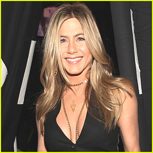 Jennifer Aniston: Debut Fragrance Launched Online at Sephora!