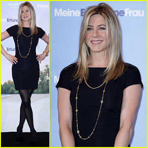 Jennifer Aniston: 'Just Go With It' German Photo Call!