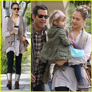 Jessica Alba: Beverly Hills Brunch with Cash & Honor!