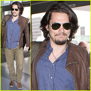 John Mayer Leaves Los Angeles