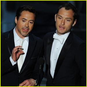 Jude Law - Oscars 2011 Presenter