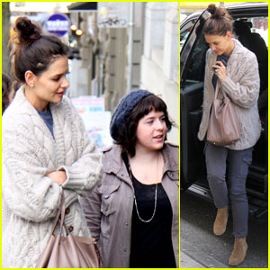 Katie Holmes: Gorilla Food with Isabella Cruise!