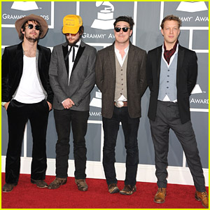 Mumford & Sons - Grammys 2011 Red Carpet