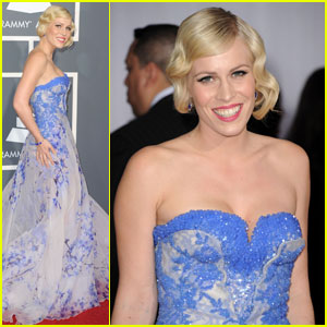 Natasha Bedingfield - Grammys 2011 Red Carpet