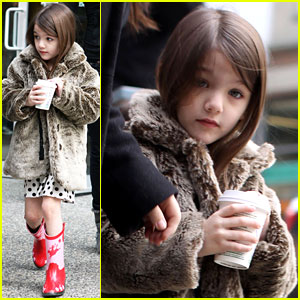 Suri Cruise: Hot Cocoa Cowgirl!