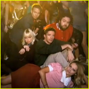 Teresa Palmer & Topher Grace: 'Don't You Want Me' Video!