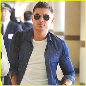 Zac Efron Leaves LAX