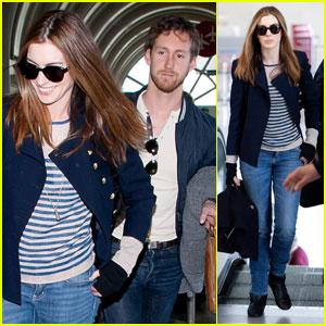 Anne Hathaway Leaves L.A. With Adam Shulman