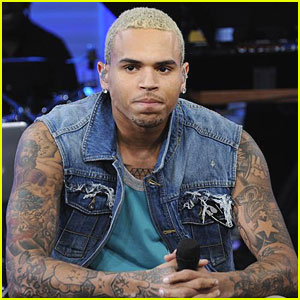 Chris Brown Smashes Window at 'Good Morning America'