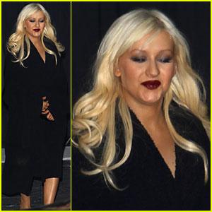 Christina Aguilera: Smashbox Studios Singer