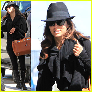 Eva Longoria Has A Lot Of Luggage