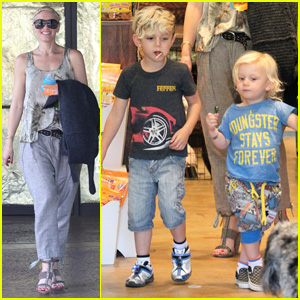 Gwen Stefani: Puppy Love with Kingston &#038; Zuma!
