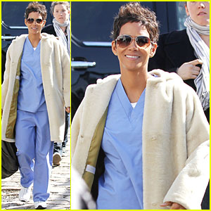 Halle Berry Scrubs Up for 'New Year's Eve'