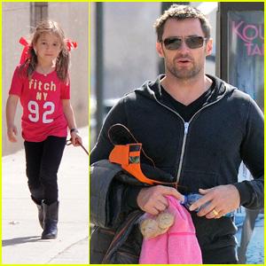 Hugh Jackman: Dog Walk with Ava!