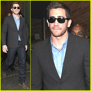 Jake Gyllenhaal Talks Love at First Sight