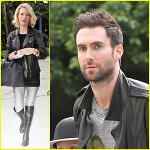 January Jones & Adam Levine: Let's Go Lakers!