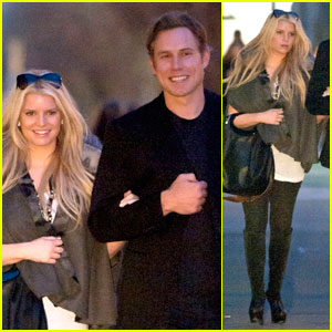 Jessica Simpson & Eric Johnson: Parisian Pair