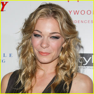 LeAnn Rimes: 'Reel Love' for CMT Original Movies!