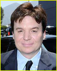 Mike Myers Marries Longtime Girlfriend